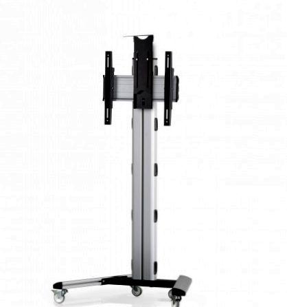 1 Display 1×1, Höhe 135 cm, Standard-VESA, Kamera-Halterung, auf Standfüßen mit Laufrollen