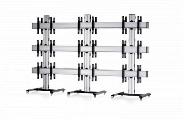 18 Displays 3×3 beidseitig, Standard-VESA, auf Standfüßen mit Laufrollen