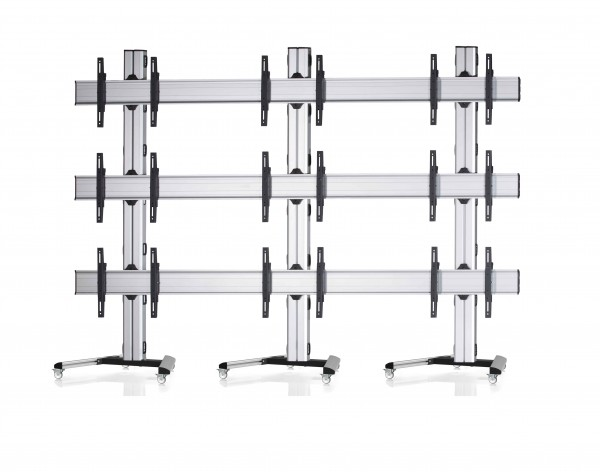 9 Displays 3×3, Standard-VESA, auf Standfüßen mit Laufrollen